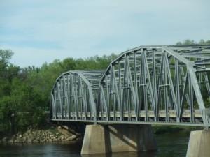 133bridgeoverwisriver1_800
