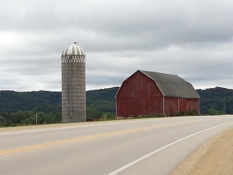 Farm and silo close to Highway 27 in Monroe County