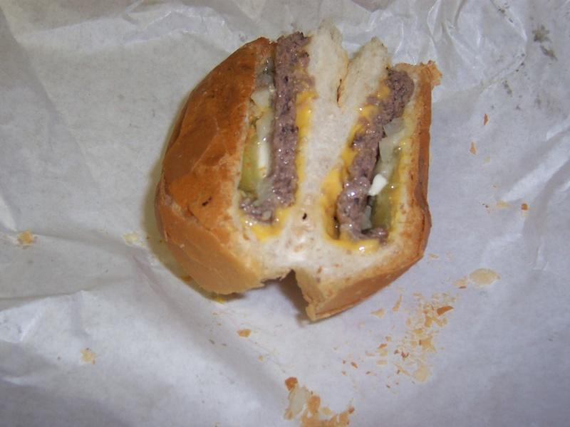 mickey-lu_burger_800
