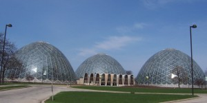 milwaukee_mitchelldomes