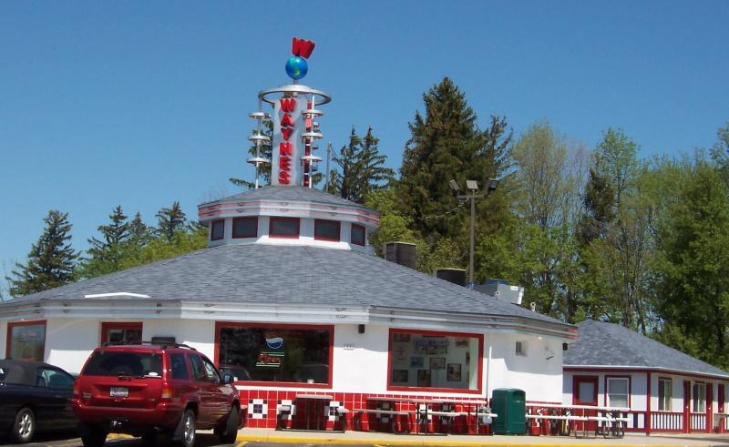 Wayne's Drive-In, Cedarburg