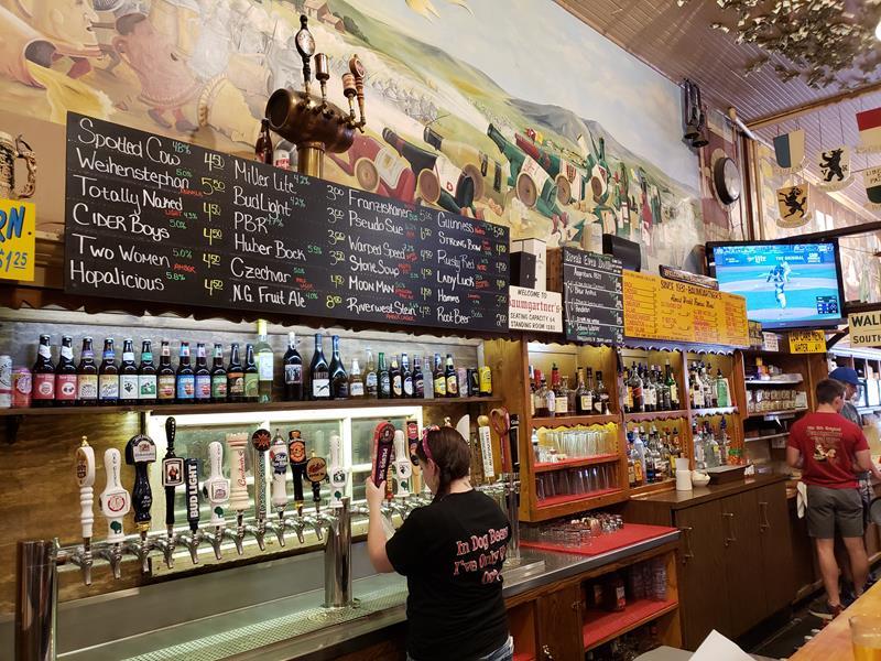 Baumgartner's menu and taps
