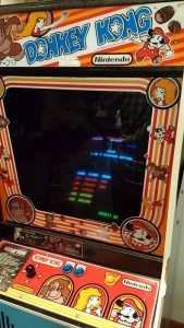 Sand Creek Brewing's Donkey Kong machine