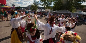 Festa Italiana dancers
