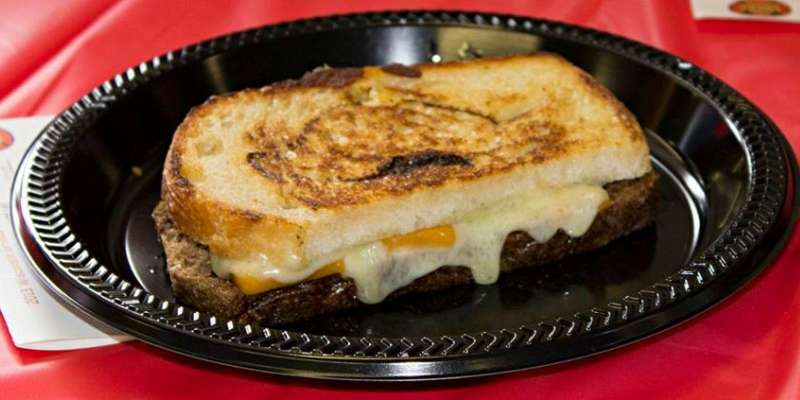 Wisconsin Weekend: Wisconsin Grilled Cheese Championship