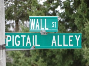 Quirky Street Names in Wisconsin - like Pigtail Alley
