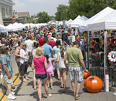 Cedarburg Wine Harvest Festival Art on the Avenue