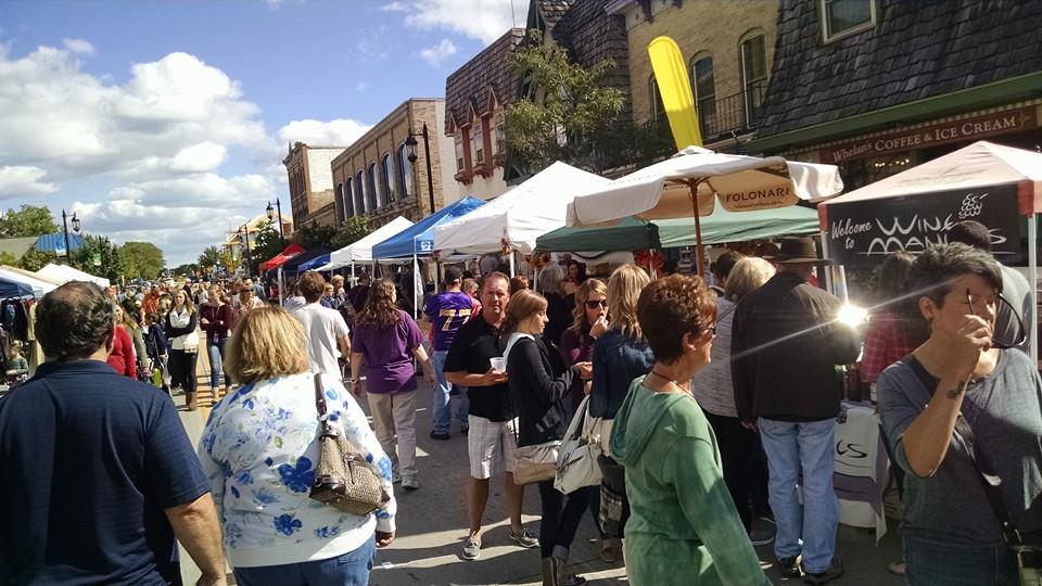 Oconomowoc Fall Festival on Wisconsin Avenue