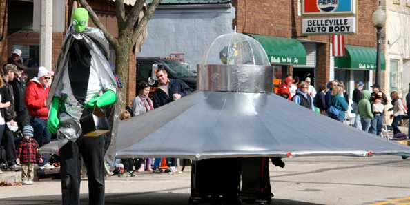 UFO Day Parade, Belleville