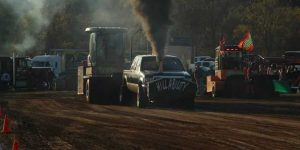 Hybrid Redneck Rally truck pull, Richland Center