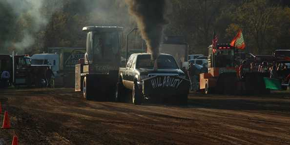 Hybrid Redneck Rally truck pull, Richland Center