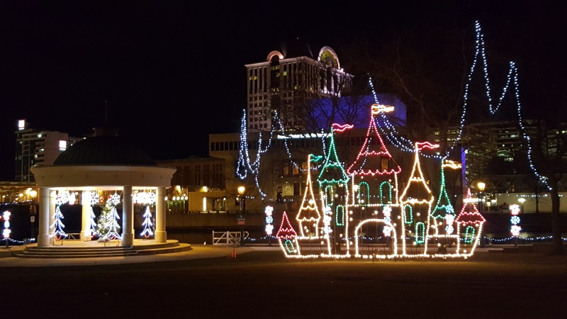 milwaukee holiday lights wisconsin