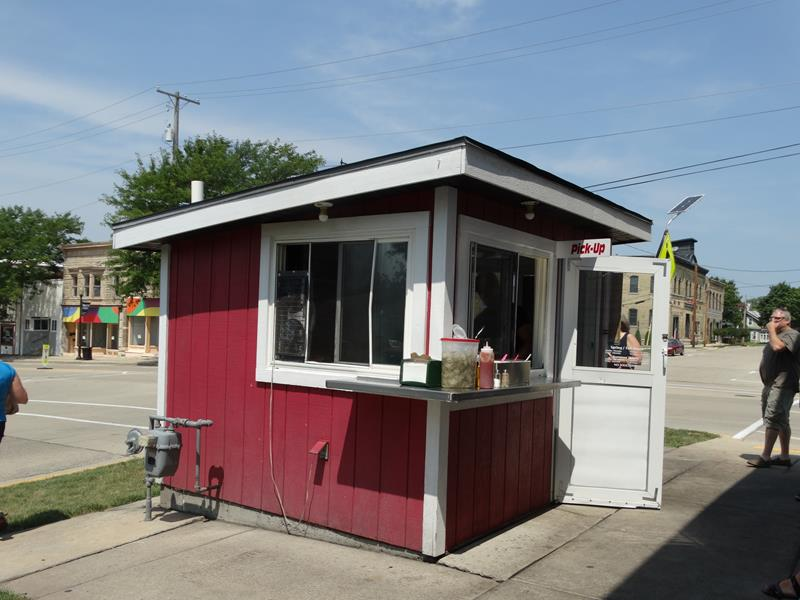 Wedl's outdoor burger stand