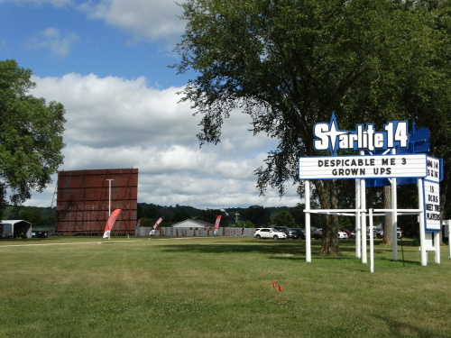 Starlite 14 Drive-In along U.S. 14 in Richland Center, Wisconsin