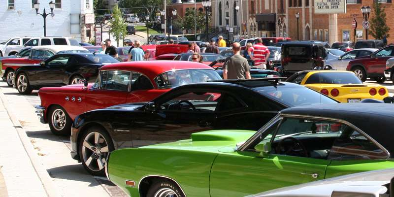 Cars on the Square, Monroe
