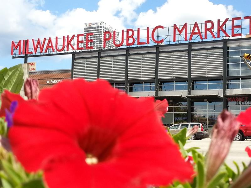 Milwaukee Public Market from across Water Street