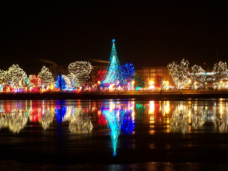 La Crosse Rotary Lights from the water