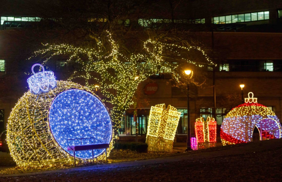 Milwaukee Holiday Lights at Zeidler Square