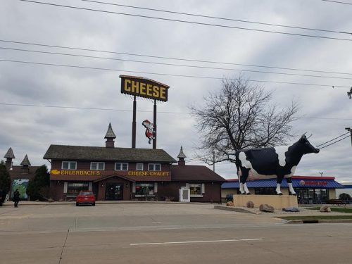Ehlenbach's Cheese Chalet, DeForest, Wisconsin, off Exit 126 along I-39/90/94